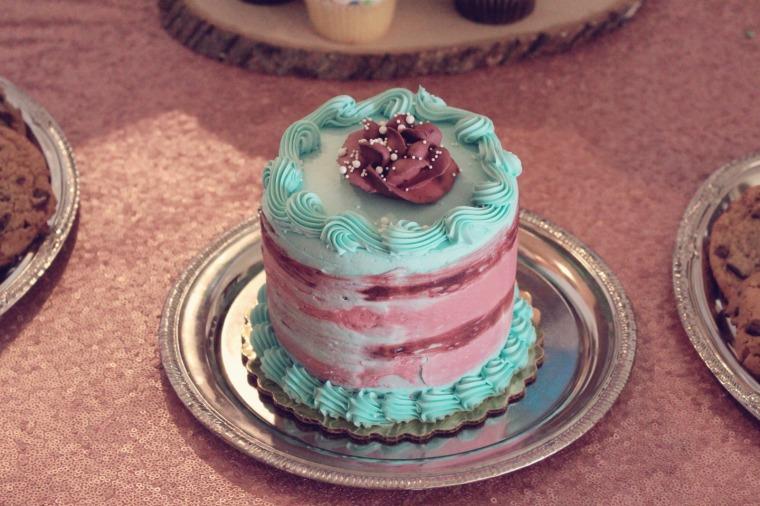 Pastel Cake- www.mommininapinch.com/unicorn-rainbow-birthday-party/