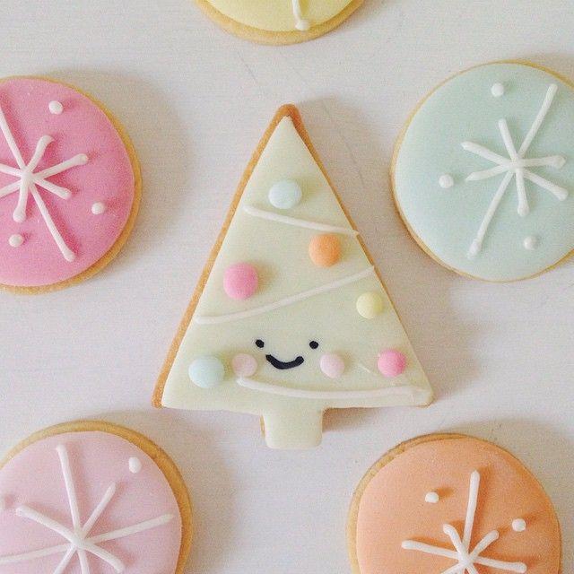 DESIGN TIME  PINK CHRISTMAS  Mommo Design