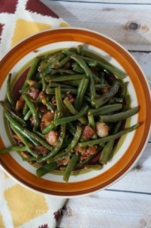 Thanksgiving side dish recipes - bacon and green beans saute