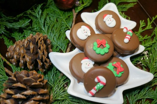 Holiday Christmas Cookies, Oreos dipped in chocolate