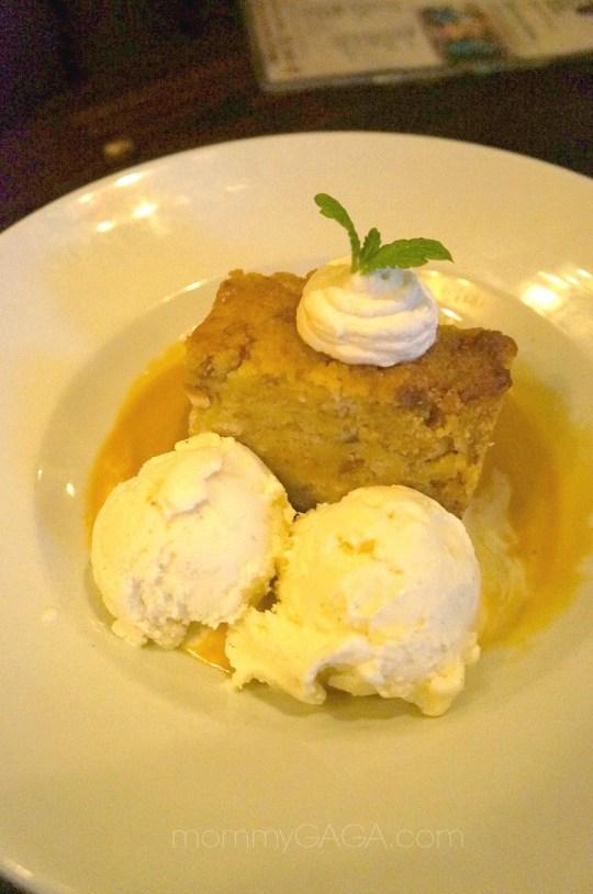 House of Blues Dessert, Bourbon Bread Pudding