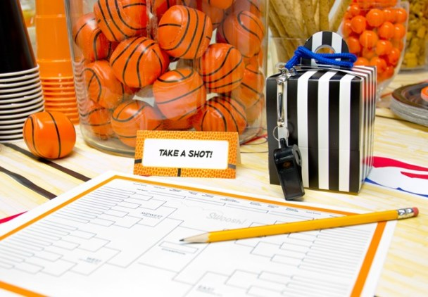 March madness printable basketball bracket sheet