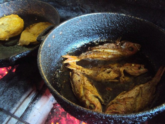 Curacao, local fish frying at Plaza Bieu food hall