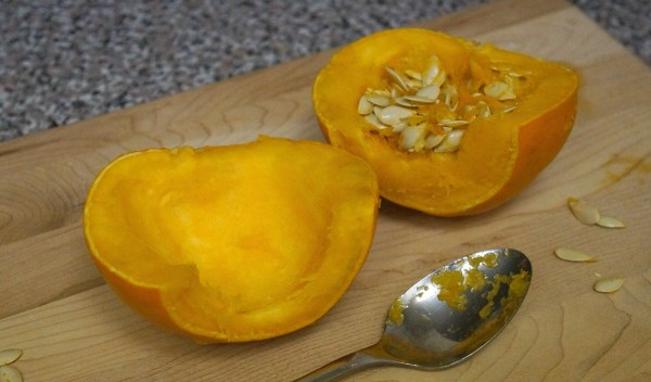 How to make pumpkin puree from real pumpkins, scoop out the strings and seeds