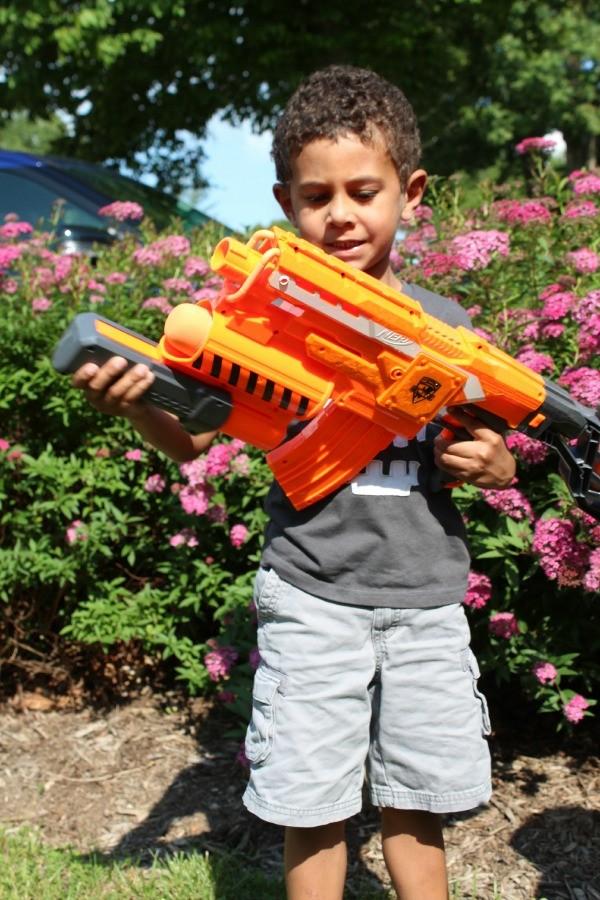 Summer fun for kids with Nerf Elite dart blaster