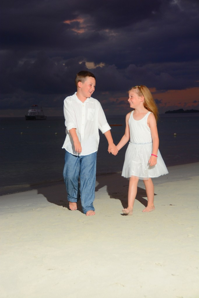 Family photo shoot at Beaches Negril