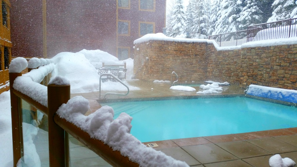 Black Bear Lodge outdoor heated pool