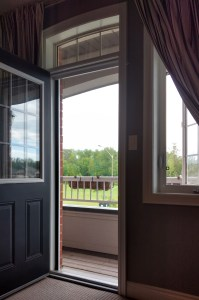 Retractable screen doors Canada