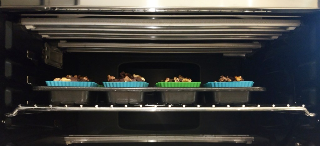 How to put trays into the Breville Smart Oven Air.