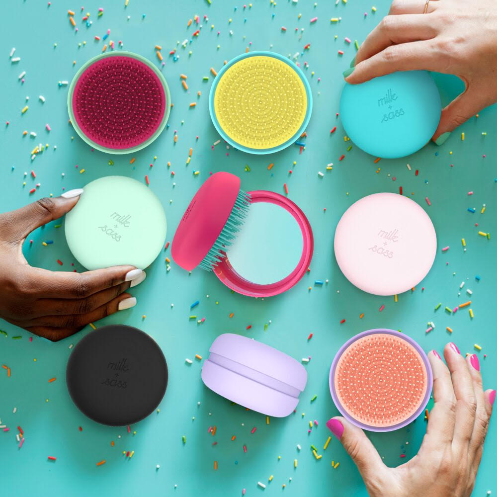Milk and Sass Macaron brush