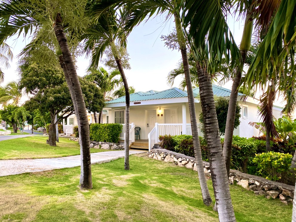 verandah-antigua-bungalows