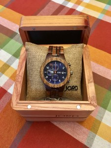 Does anyone else find men hard to shop for? Check out this post for 10 great gift ideas for any dad! Gifts dad will love, gifts for dad, gifts for husband, gifts for him, dad gifts