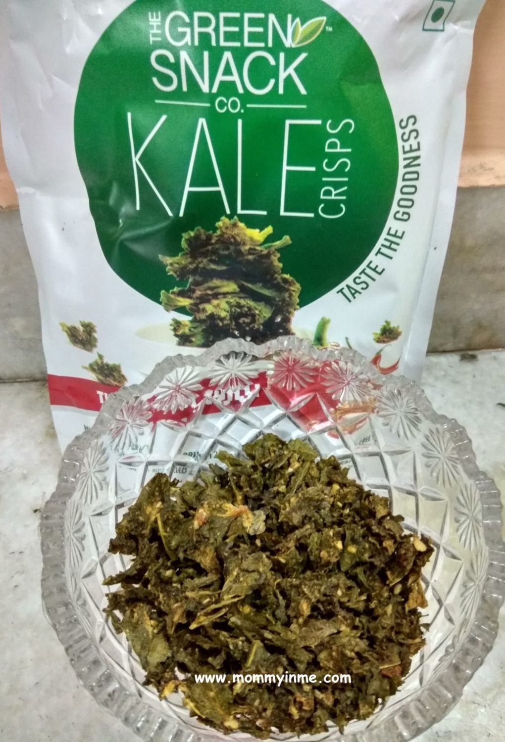 Healthy Snacking is the new mode of life. It is must to consume healthy snacks between the meals rather than the unhealthy oily food to have better metabolism and healthy life. So here is the review of Healthy snacks, puff's, crispy's from The Green Snack co. #kale #healthysnacks #snacking #healthy #wellness #lifestyle #puffs
