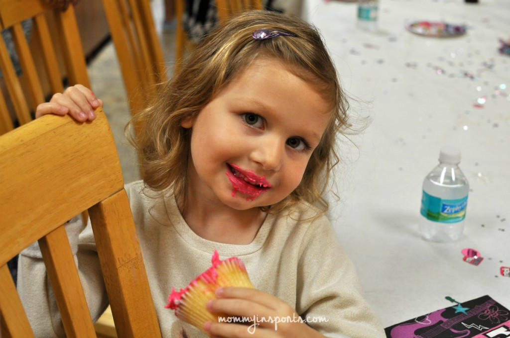 Emy cupcake lipstick