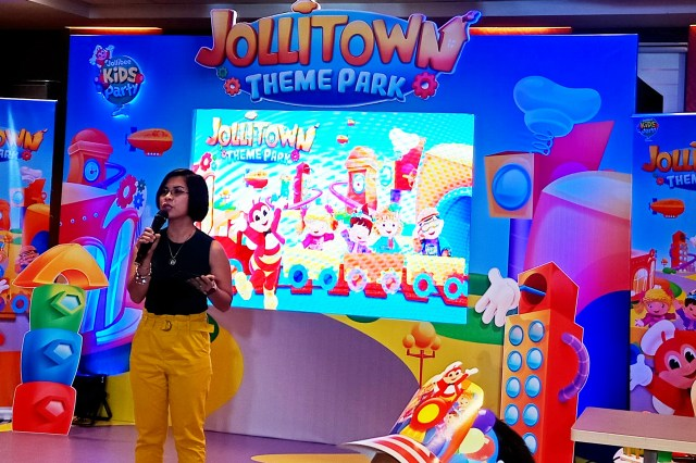 Jollitown Theme Park Party 1