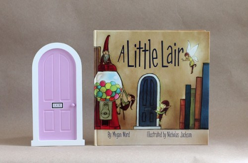 pink-door_book_grande
