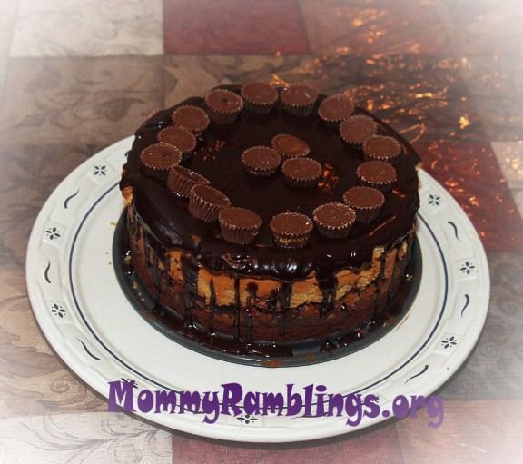 Reece's Cheesecake #HersheysHalloween