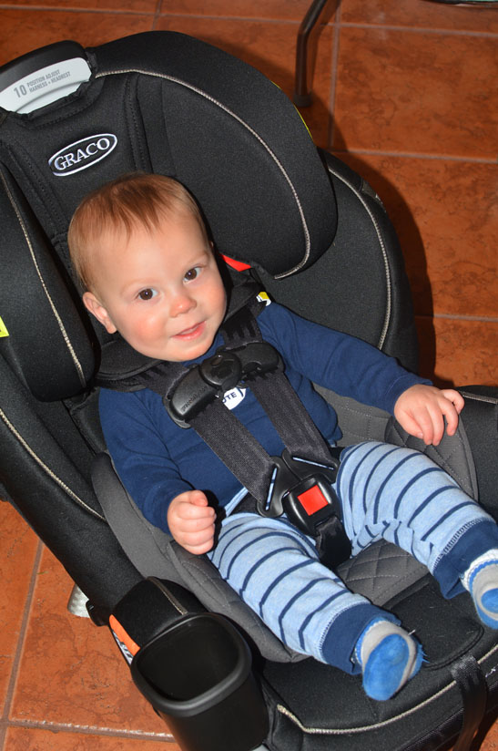 Graco 4 in 1  Graco 4Ever Extend2Fit 4in1 Car Seat