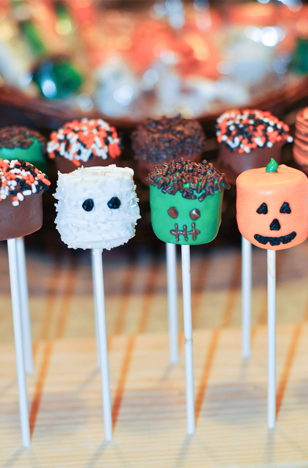 How To Make Halloween Marshmallow Pops - Mommy's Fabulous Finds