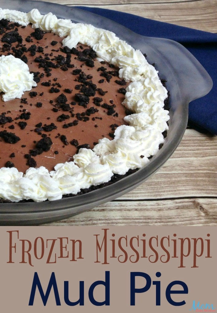 Frozen Mississippi Mud Pie by Mom Does Reviews #ChristmasSweets #ChristmasPie