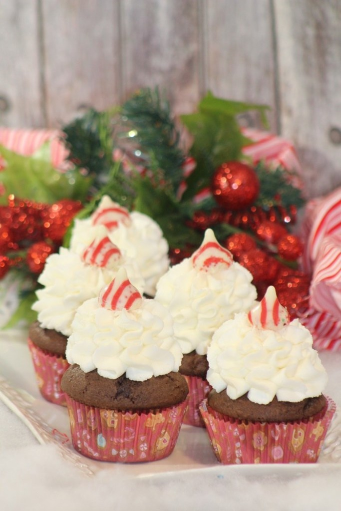 Peppermint Kisses Chocolate Cupcakes by Powered By Mom #ChristmasSweets #ChristmasCupcakes