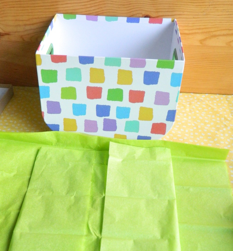 How to Wrap the Inside of a Giftbox with Tissue Paper