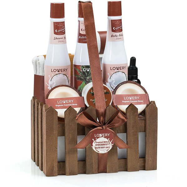Organic Spa Gift Basket for the Perfect Mother's Day Gift for Mom! #MothersDayGifts