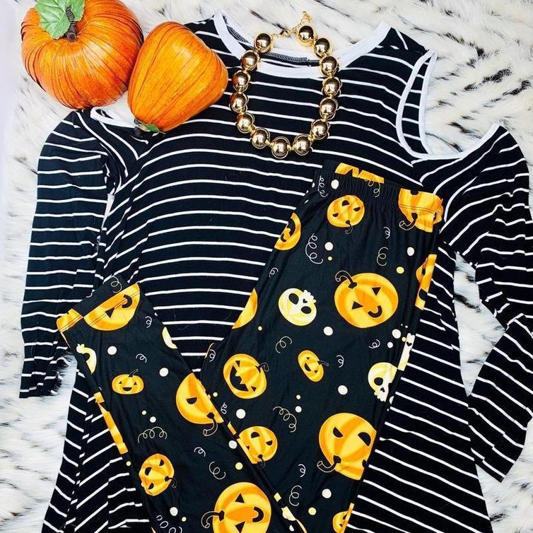 Jackie-Lantern Pumpkin Leggings from DreamLeggings.com