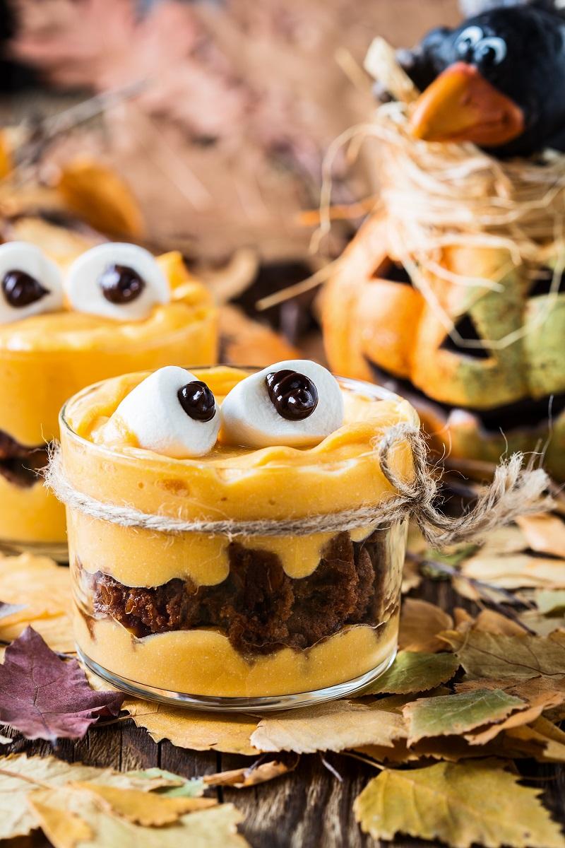 Monster Brownie Cup Recipe #Halloween #MonsterFun #Recipes #MommysPlaybook