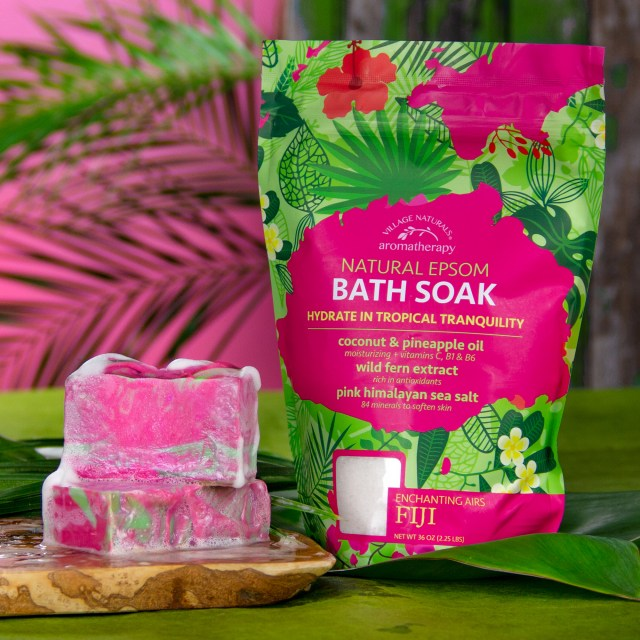 Village Naturals Aromatherapy Fiji Bath Soak image