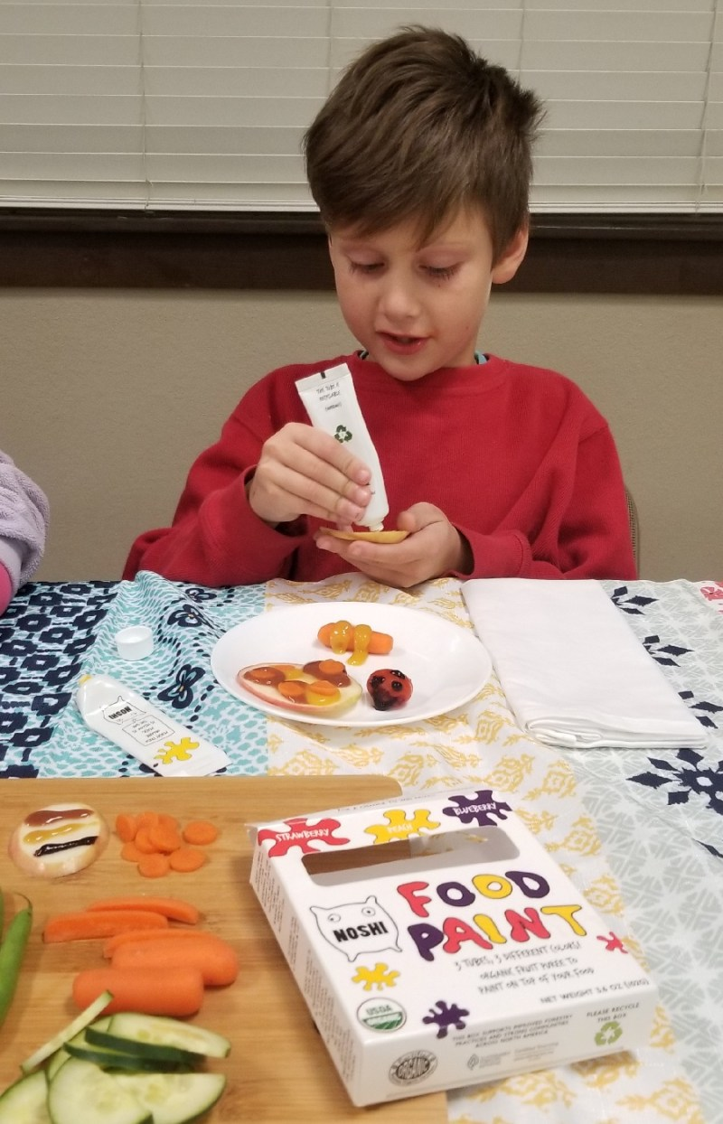 Noshi Food Paint to Help Picky Eaters Learn to Like Vegetables! #ParentingWin #noshifoodpaint #noshiforkids #ColorMyFoodNoshi