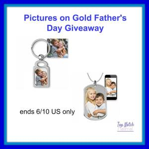 #EntertoWin the Pictures on Gold Giveaway Event at Mommy's Playbook! Hosted by TopNotchMaterial and Sponsored by PicturesonGold.com