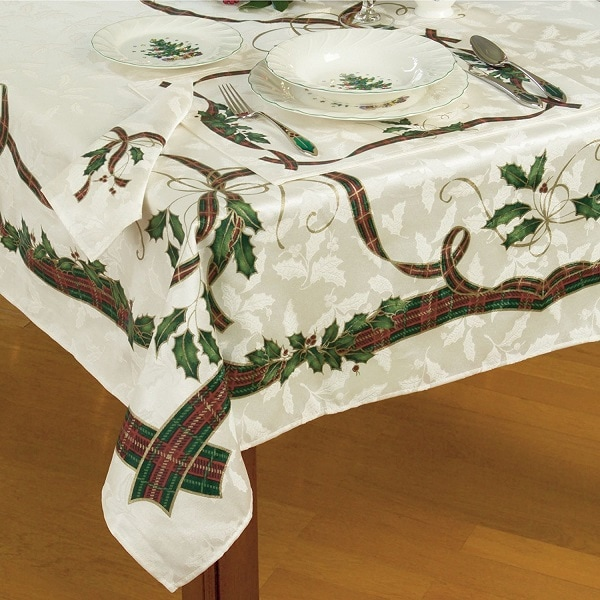lenox christmas chair covers costco desk chairs 10 stylish tablecloths for mommy today magazine holiday nouveau tablecloth