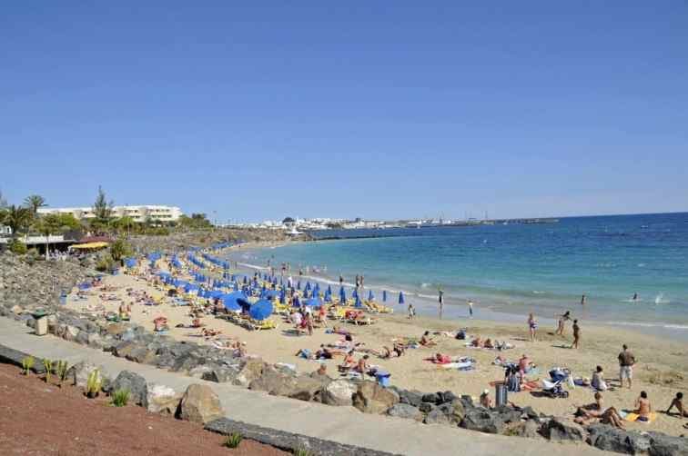 Lanzarote, Spain is a great family-friendly destination! Check out our Tips For 7 Days In Lanzarote, Spain with Kids for a great itinerary you'll love!