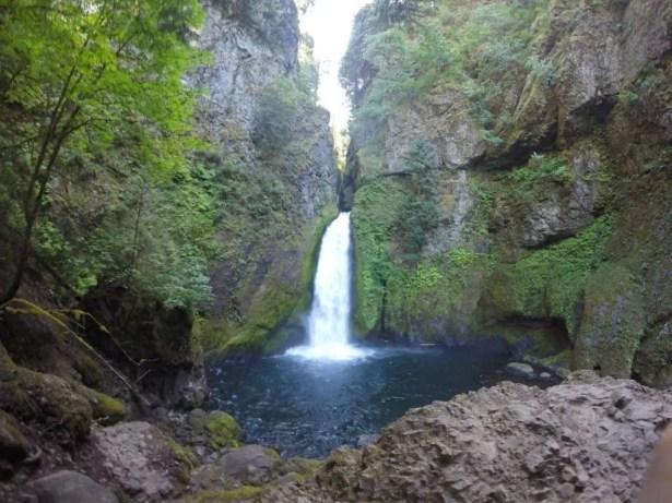 Wahclella Falls a waterfall in Oregon