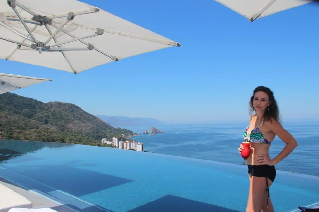 Hotel Mousai rooftop pool