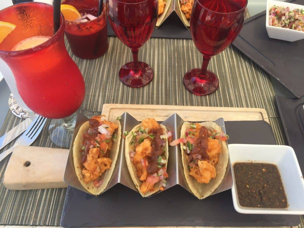 Hotel Mousai tacos at the pool