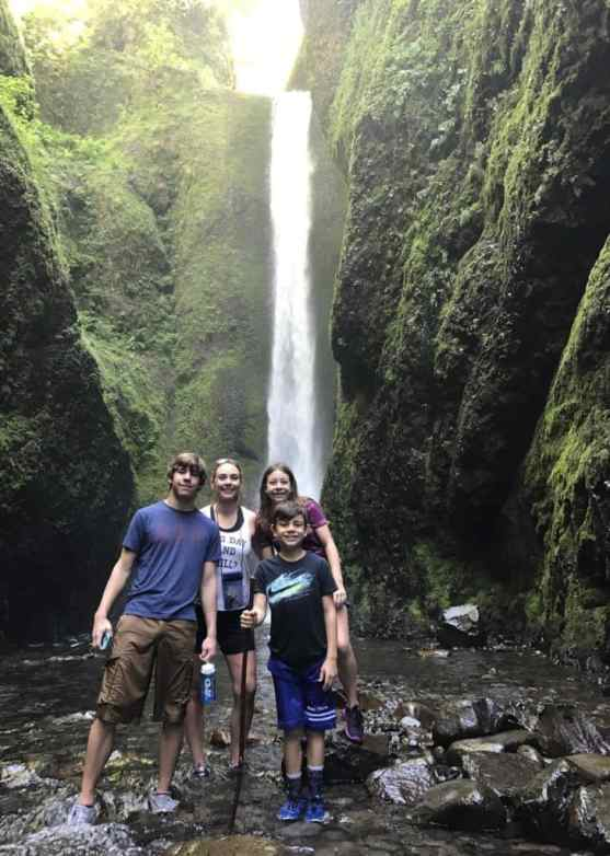 Oneonta Gorge hike