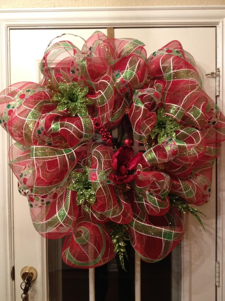 Christmas Decorating With Deco Mesh