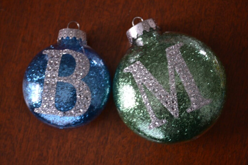Easy glitter ornament easy diy glitter ornaments solutioingenieria Gallery