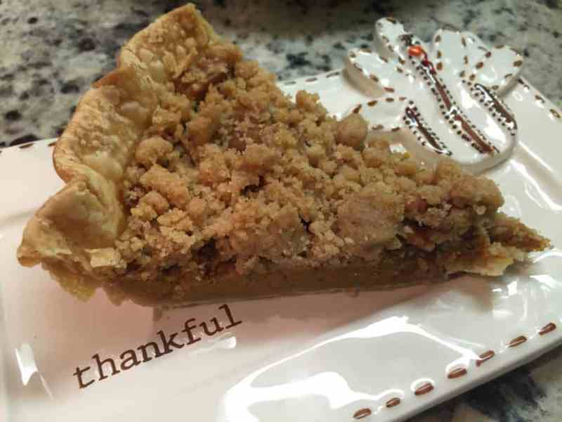 Pecan Crumble Pumpkin Pie