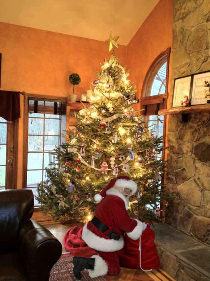 Delightful Santa In Your Living Room Centerfieldbar Com Part 10