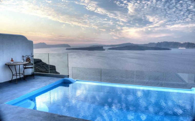 12 chambres d hotel avec piscine privee