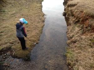 Water hazard play. golf rules