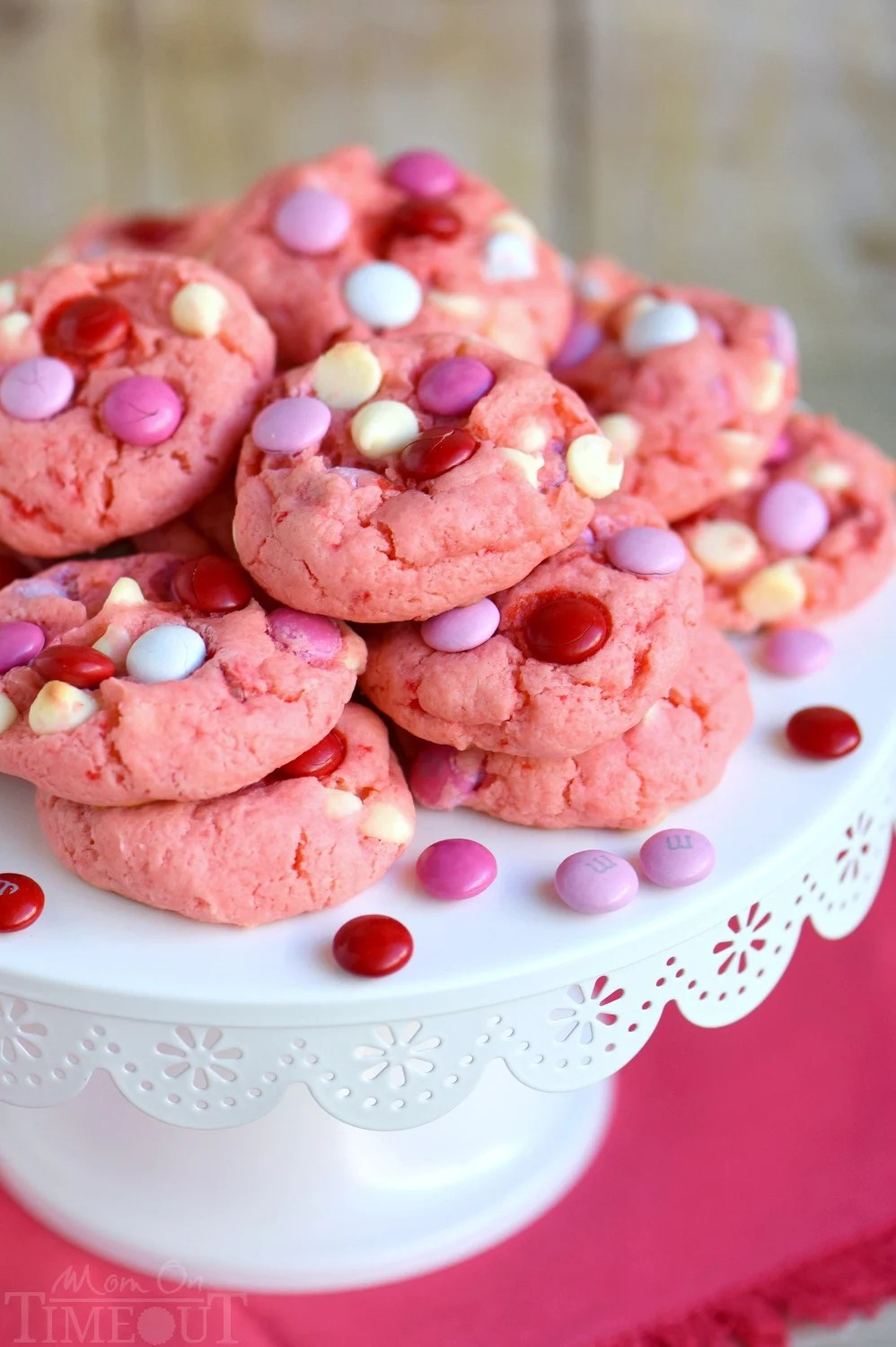 Strawberry And White Chocolate Cake Mix Cookies Momontimeoutcom