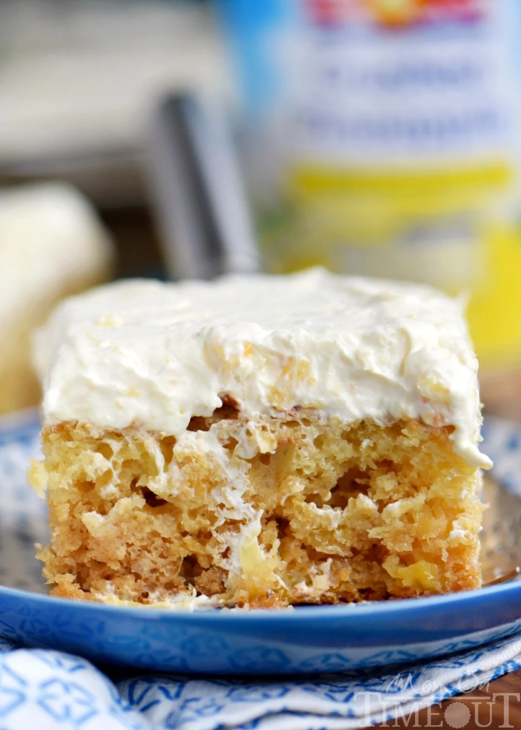 Frosting Cake Pineapple Coconut