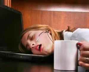 Te moe om te werken