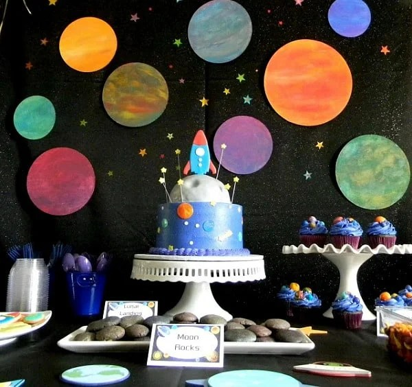 Space Birthday Party Ideas Moms Amp Munchkins