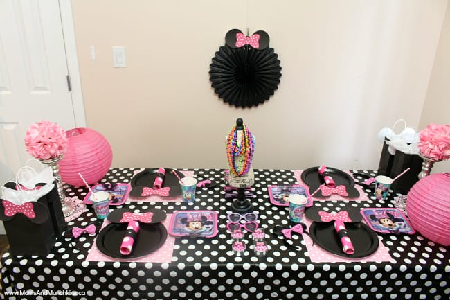 Minnie Party Ideas Moms & Munchkins