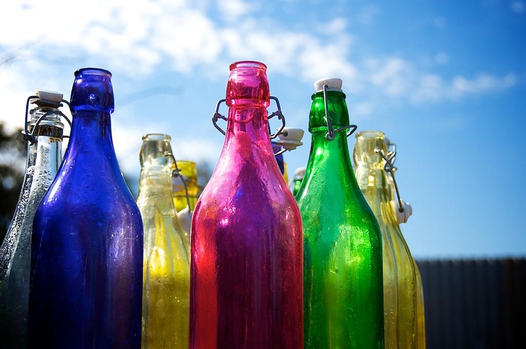 Resultado de imagem para chromoteraphy bottles